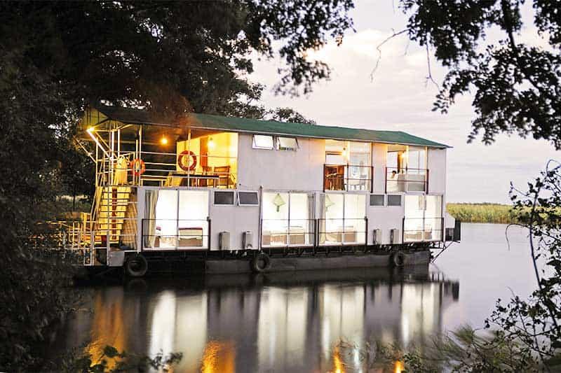 Houseboat and Mobile safari